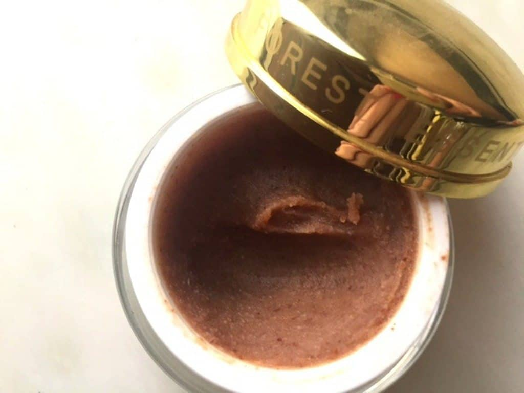 Forest Essentials Deeply Nourishing Facial Cleansing Paste Almond Pistachio and Honey Review 5
