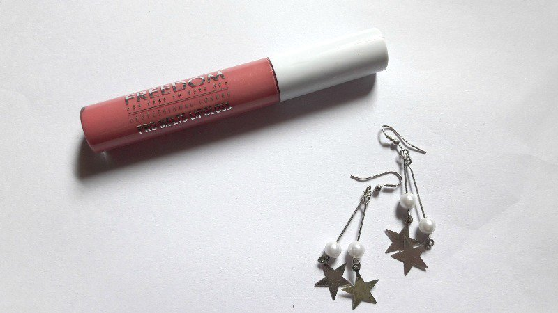 Freedom Makeup Pro Melts Up Freedom Lip Gloss Freedom Makeup Pro Melts Up Freedom Lip Gloss