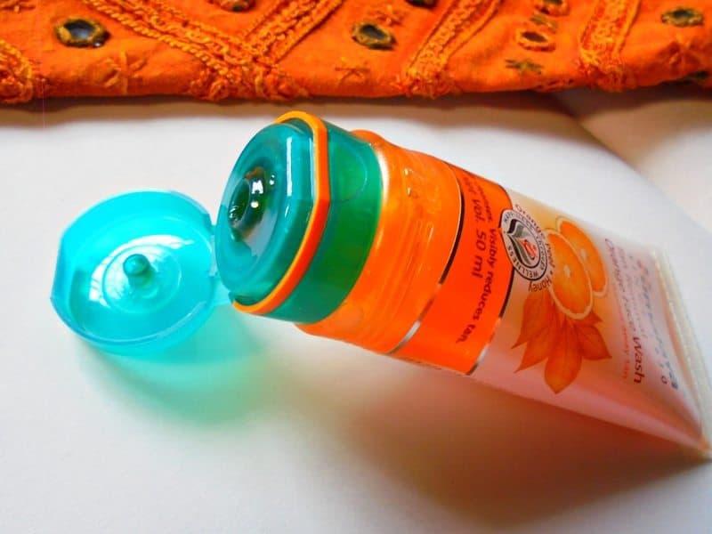 Himalaya Tan Removal Orange Face Wash Review 2