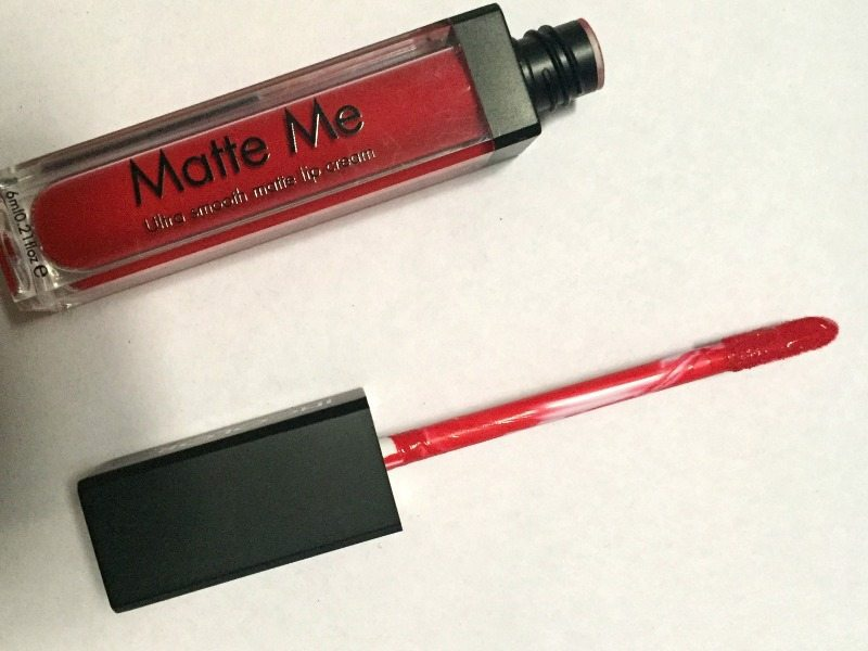 Incolor Matte Me Ultra Smooth Matte Lip Cream 413  2