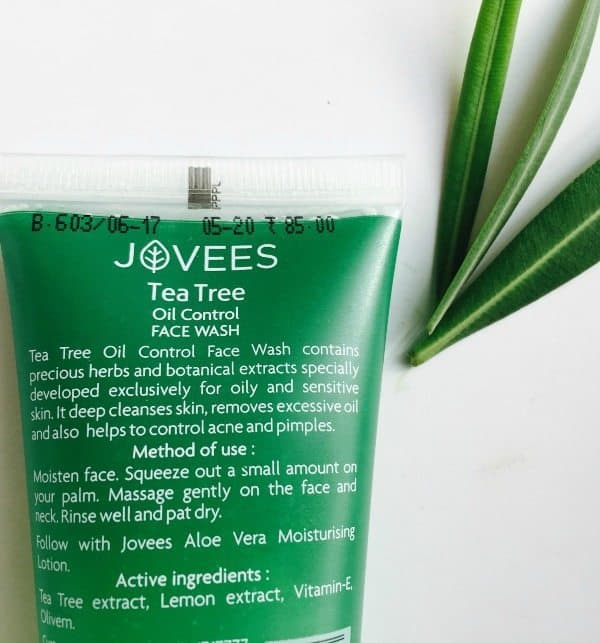 Jovees Tea Tree Facewash  3