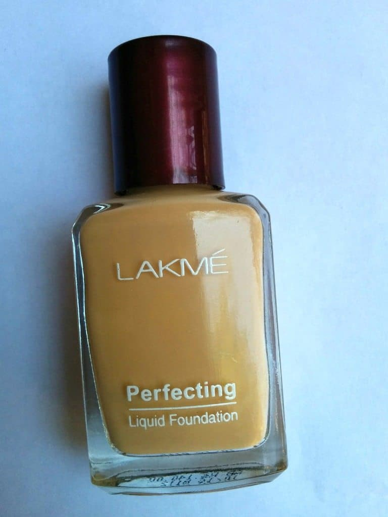 Lakme Perfecting Liquid Foundation Review