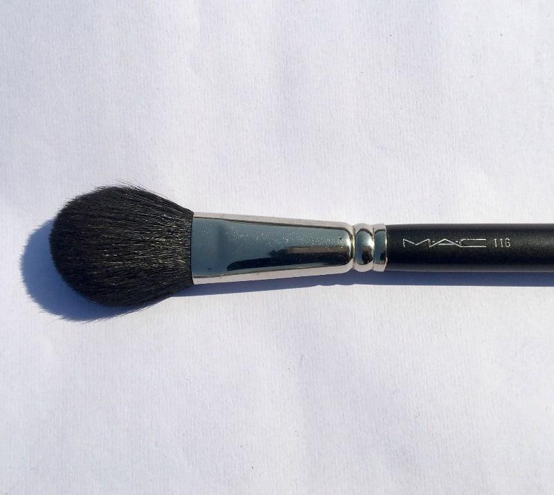 MAC Blush Brush 1