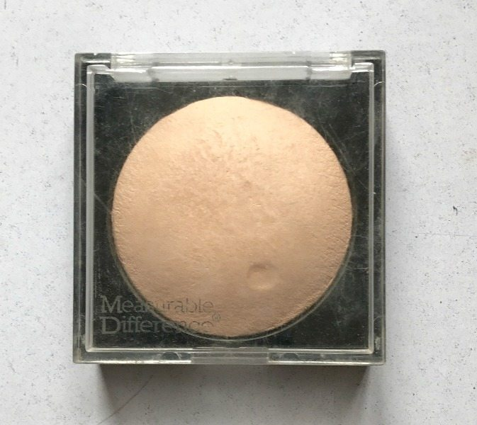 Measurable Difference Baked Face & Body Highlighter Review 1