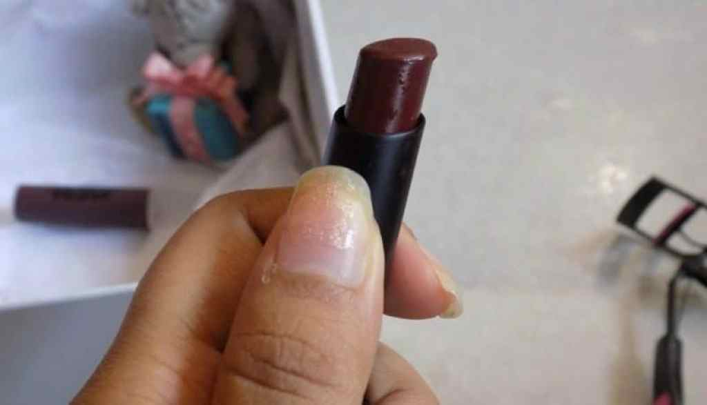Nykaa Paintstix Grunge Brown Review 2