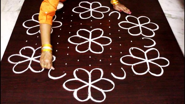 What are Rangoli Designs with Dots 4