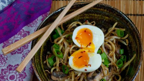 Quick, Easy & Tasty Miso Noodles with Egg