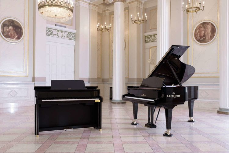WHAT IS A HYBRID PIANO? – 7 THINGS YOU SHOULD KNOW – By CASIO
