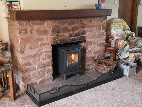 Wood burning stove fitter in Bridgwater, Somerset.
