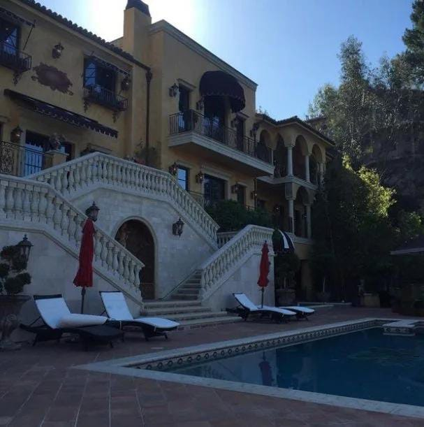 Wizkids new house 1 Checkout Wizkid's New House In Los Angeles (Photos)