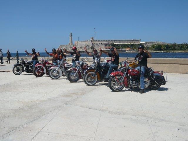 Mit der Harley durch Kuba. Foto: Monika Behning