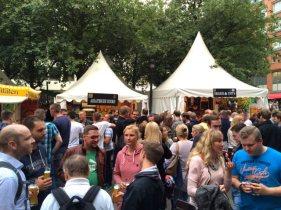 Bierfest_Bremen_Glucke_02