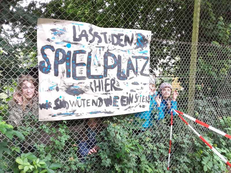 Spielplatzini_Hardenbergstraße03