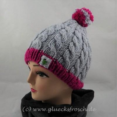graue mütze mit pink