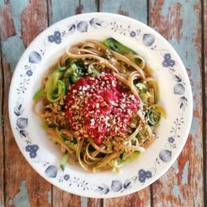 Foto von Roter Rüben-Pasta