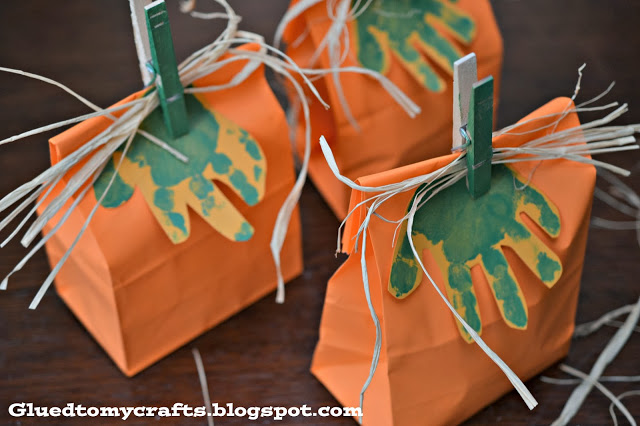 Handprint Pumpkin GIfts