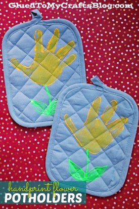 Handprint Flower Potholders {Mother's Day Gift Idea}