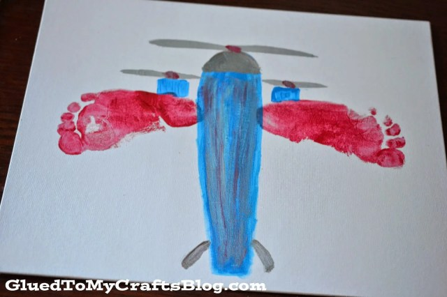 Footprint Airplane Canvas {Kid Craft}