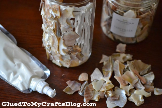 DIY Shell Vase {Crafts}