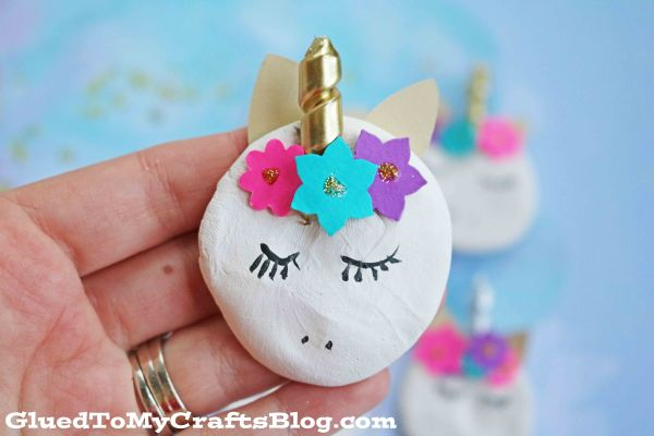 DIY Unicorn Magnets! Cute and easy kids craft idea! #diy #kidscraft #unicorndiy #unicorn #unicorntheme #unicorncraft