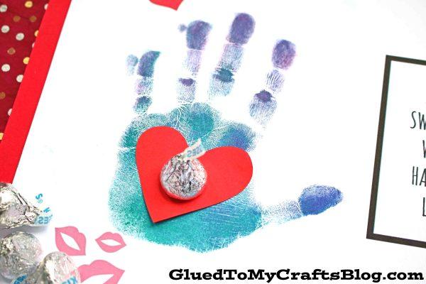 Kisses For Mommy - Handprint Card Idea