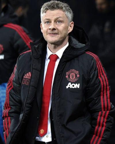 Man u Coach salary