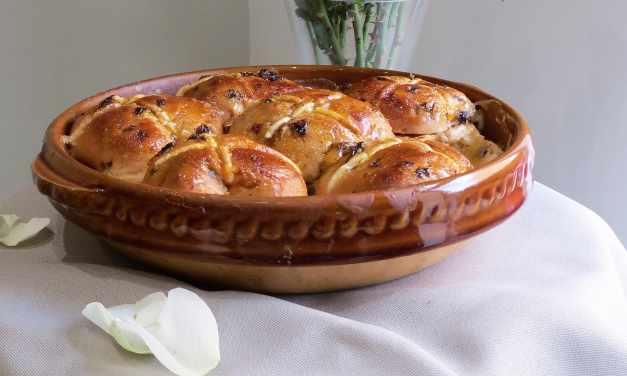 Hot Cross Bun and Butter Pudding | gluten free and vegan