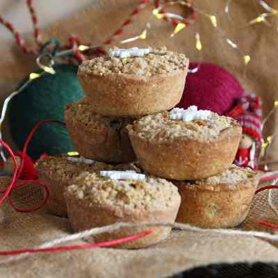 Christmas Mince Pies with Cinnamon Crumble Topping – gluten free