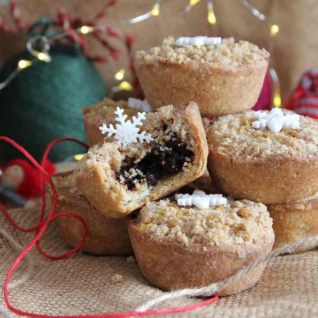 christmas-mince-pies-crumble-topping