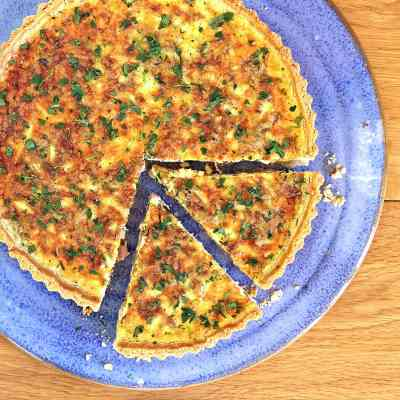 Quiche Lorraine – The Ultimate Cheese and Bacon Quiche