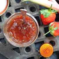 rhubarb-strawberry-cointreau-jam-fi