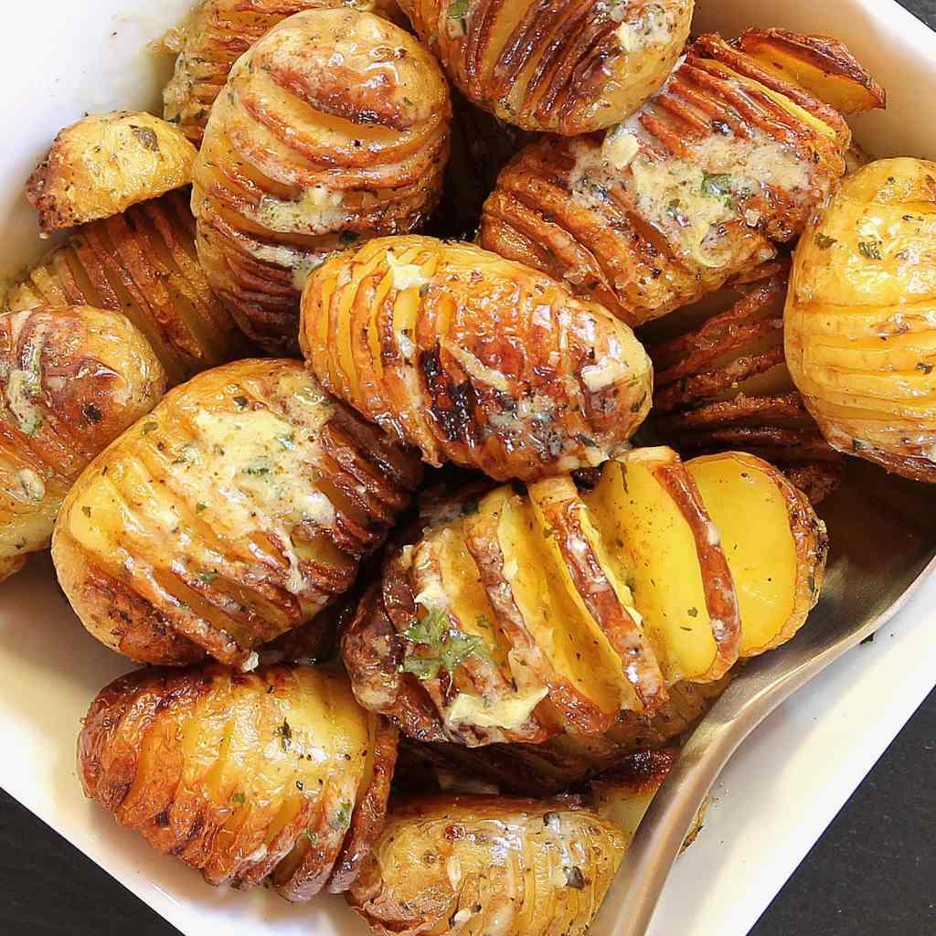 make-hasselback-potatoes