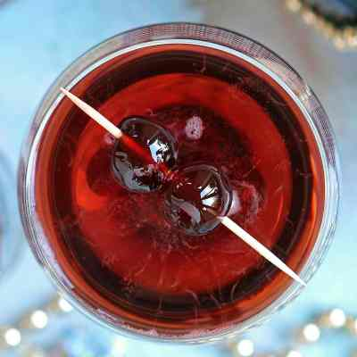 Cherry Bakewell Cocktail – with Prosecco