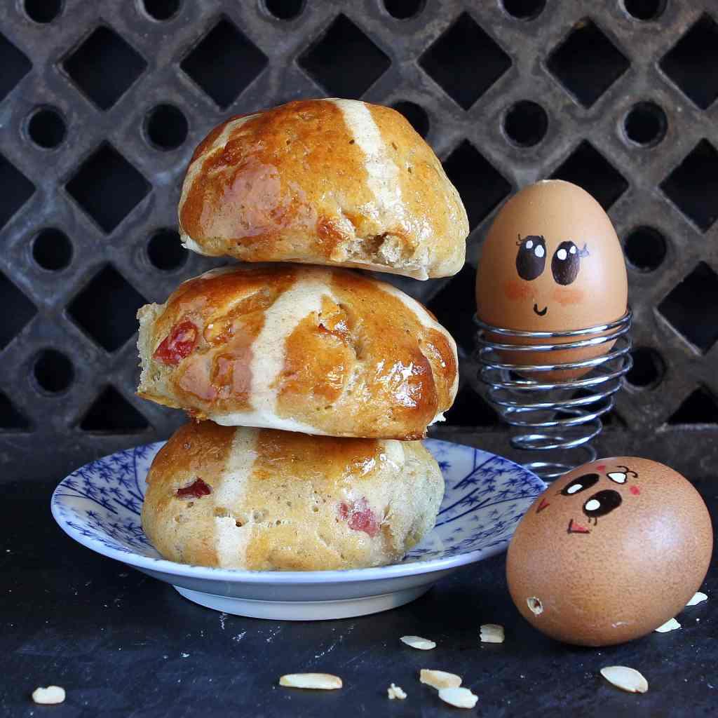 gluten-free-marzipan-hot-cross-buns