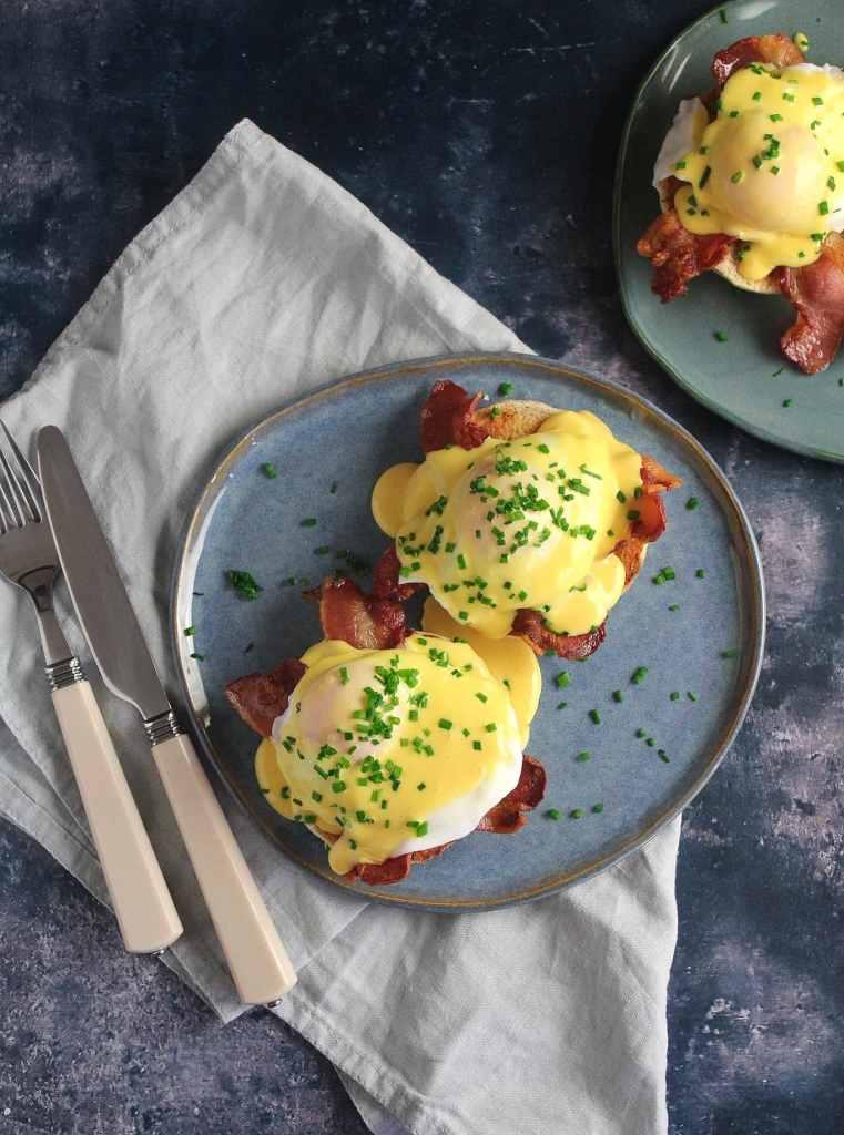 carries-kitchen-eggs-benedict