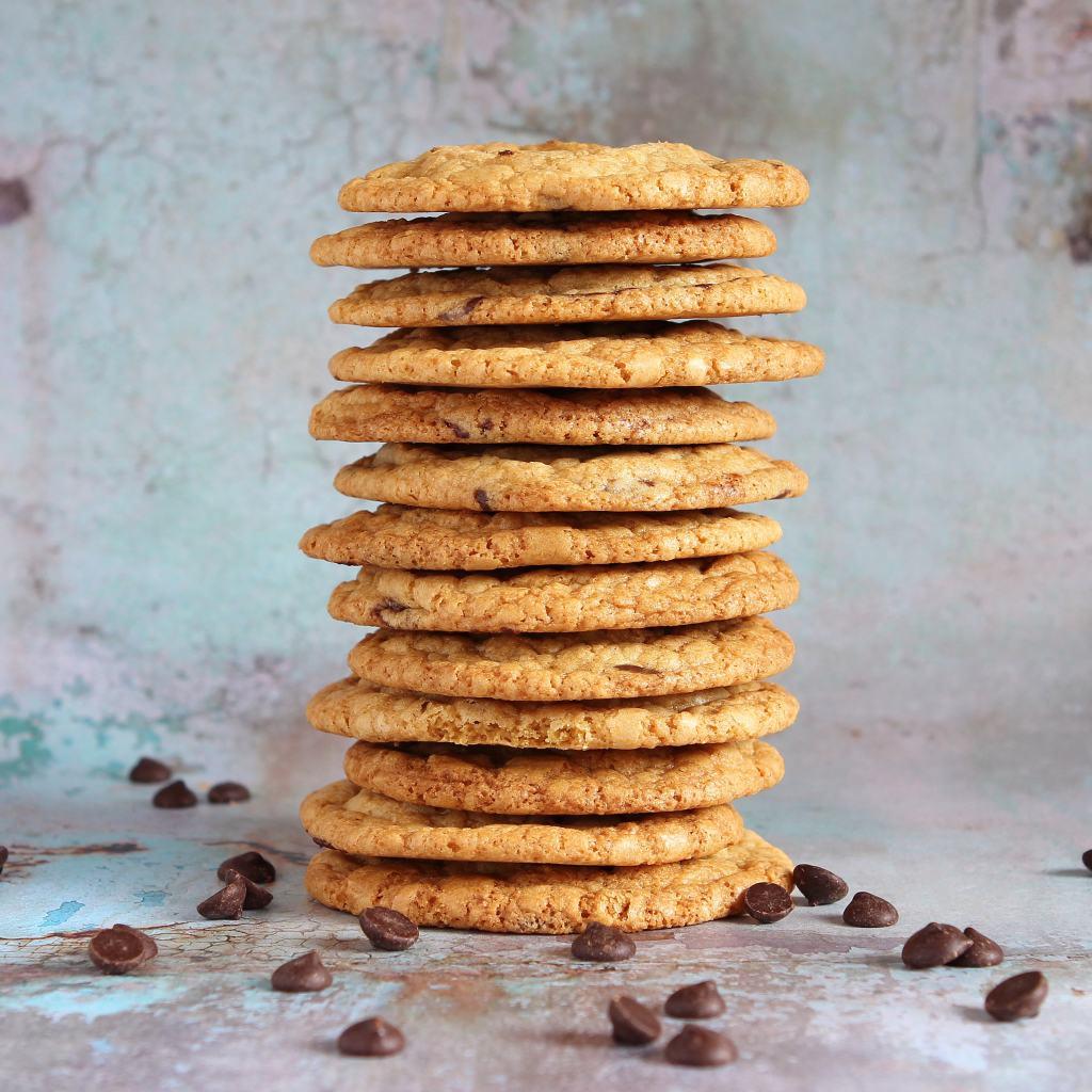 chocolate-chip-cookie-stack-gluten-free