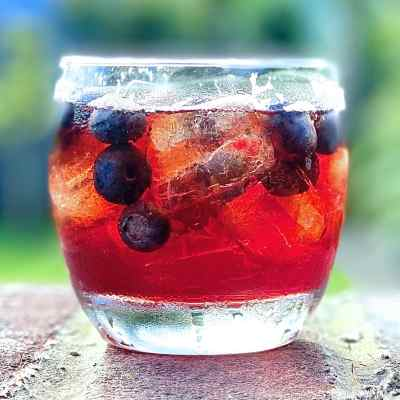Blackberry Whisky – How to Make a Bramble Liqueur at Home