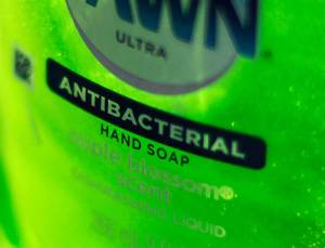 2d10088980-131216-liquid-soap-tease-1048a.nbcnews-ux-2880-1000