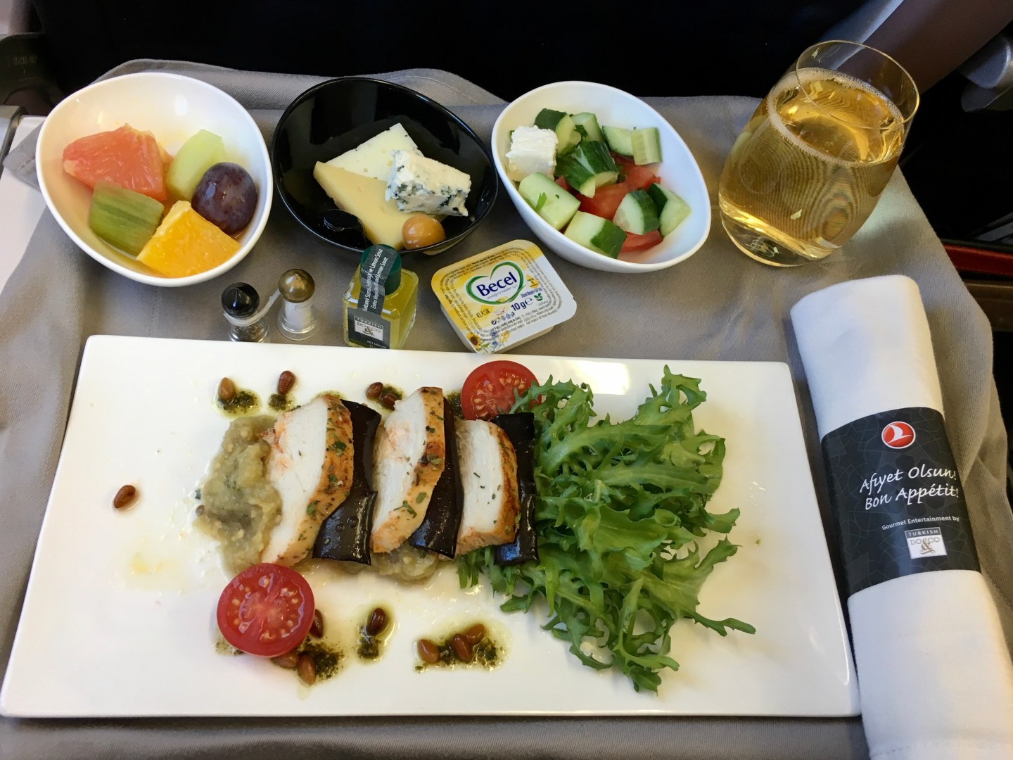 can coeliacs eat on airplanes