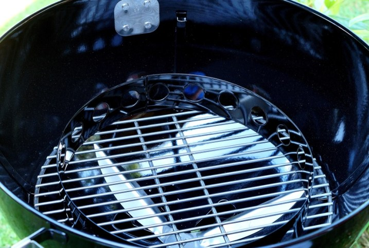 Weber Master-Touch GBS Premium Char Ring