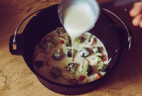 Gemüse mit Sauce