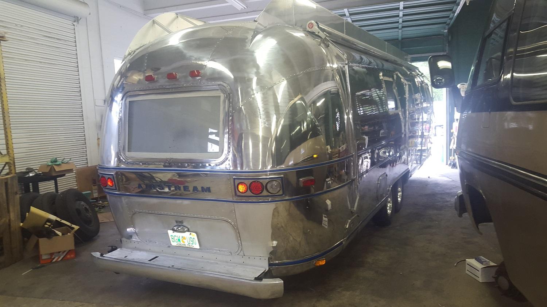 Airstream polish 9