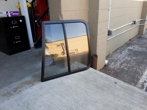Driver-slider-window-in-7