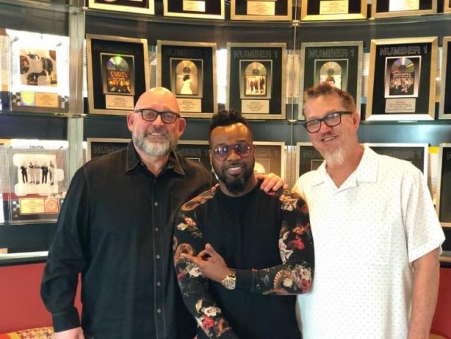 VaShawn Mitchell new deal _VMAN Entertainment music