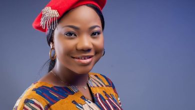 "Photo of Mercy Chinwo Delivers Touching Live Rendition of ""Omekannaya"""