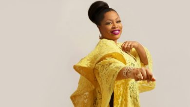 """Photo of Sinach's """"Way Maker (Live)"""" Album Goes GOLD!!"""