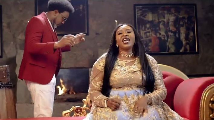 Carry Me - Ailly Omojehova ft. Samsong