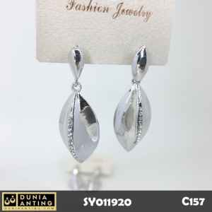 C157 Perhiasan Jewelry Anting Silver Model Daun Permata Kristal 4,5cm
