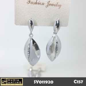 C157 Perhiasan Jewelry Anting Silver Model Daun Permata Kristal 4,5cm