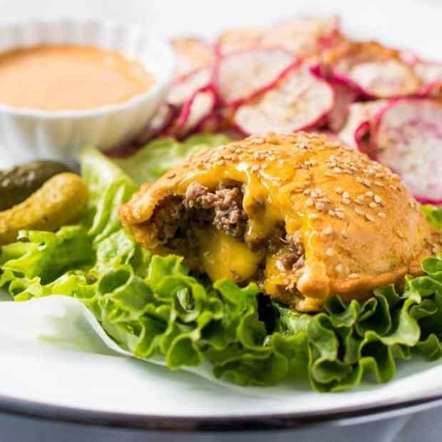 Gluten Free & Keto Cheeseburger Pockets 🍔 #ketoburger #lowcarbburger